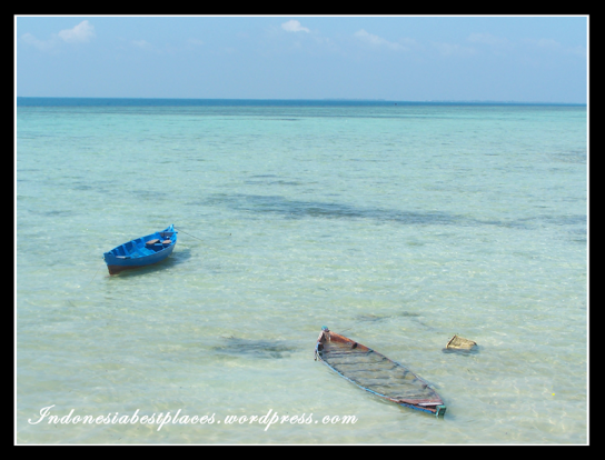 The Two Boats Pari Island