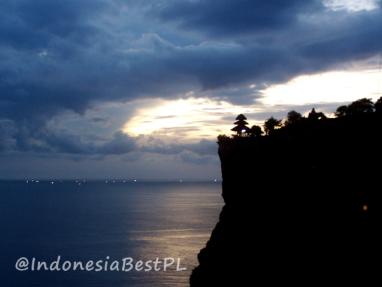 IndonesiaBestPL_Another_Side_of_Tanah_Lot