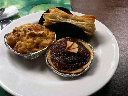 Indonesia Culinary Trip - Pia Apple Pie Pangrango Bogor