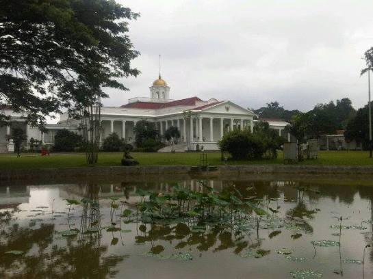Bogor Presidential Palace - Bogor Trip